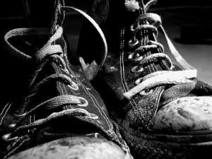 wornout_shoes